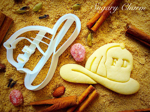 Fireman helmet cookie cutter