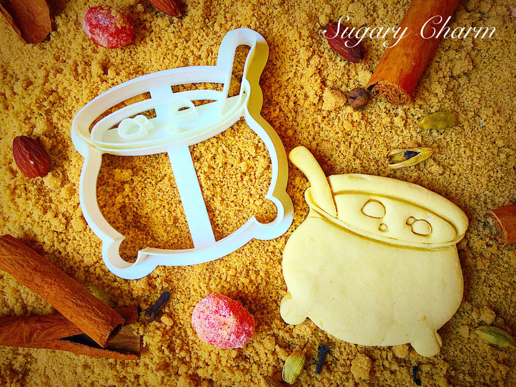 Halloween Bubbling Cauldron cookie cutter
