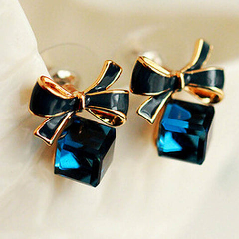 1 Pair New Womens Bowknot Dangle Shiny Cube 3D Crystal Ear Studs
