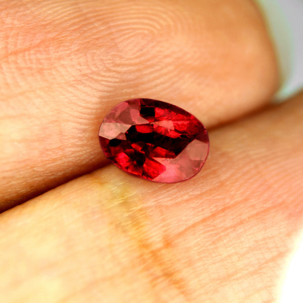 0.92ct Certified Natural Red Ruby - sapphirebazaar - 1