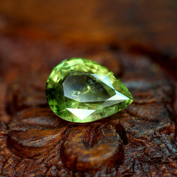 2.64ct Certified Natural Green Sapphire