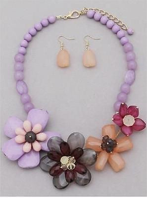 Purple Floral Necklace & Earring Set Hawaiian Flavor with Flowers & Beads