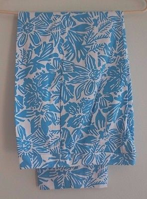 Woman's  White Capri's with Large Blue Flowers - Colorful by Talbot's  Size 4