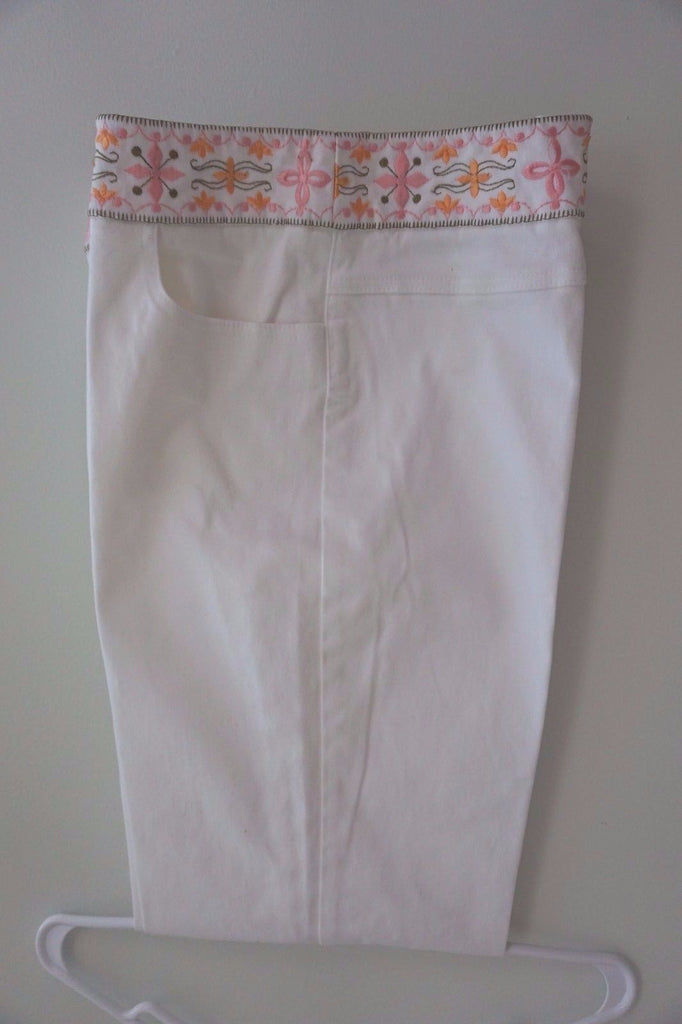 Woman's White Jean Pants W/ Pretty Embroidered Top Talbot's Lg Petite Free Ship