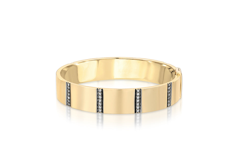 EIGHT ROW DIAMOND STRIPE 14K YELLOW GOLD BANGLE WITH BLACK RUTHENIUM BEVEL TRIM