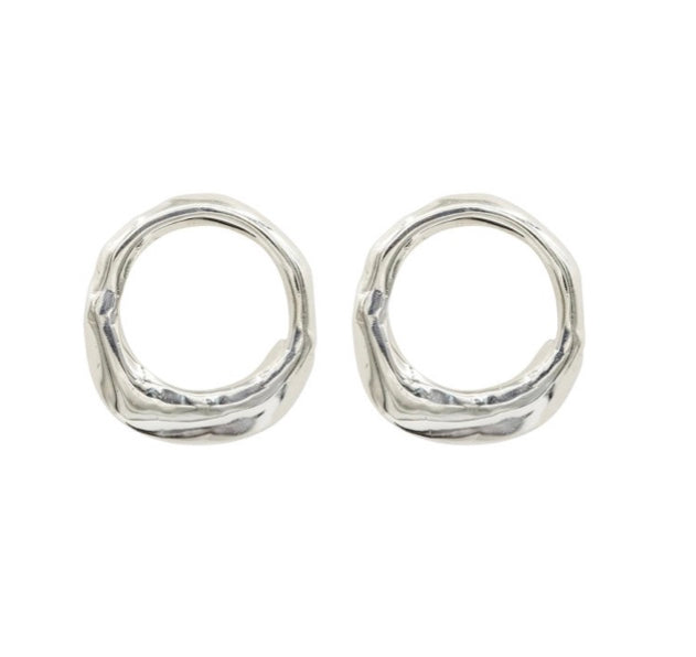 Sterling 'Oyster' Earrings