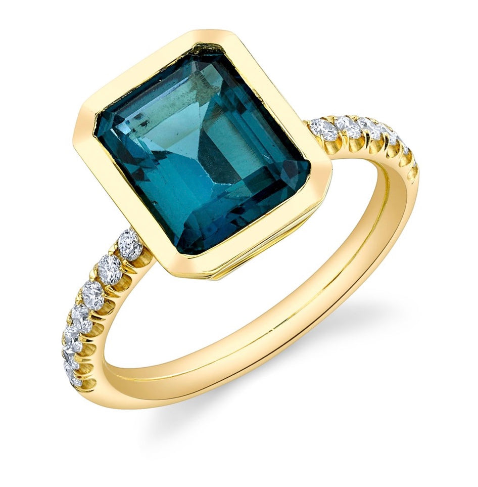 Pavé Shirley Bezel Set Emerald Cut Ring