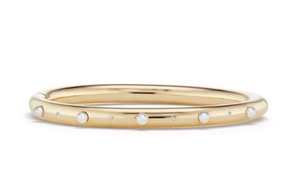 Narrow Bangle with Pearls and Diamonds