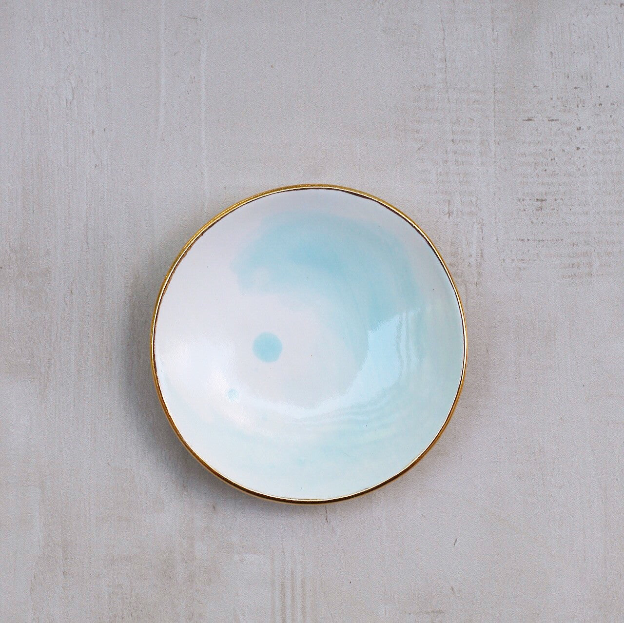 LIGHT BLUE WATERCOLOR RING DISH