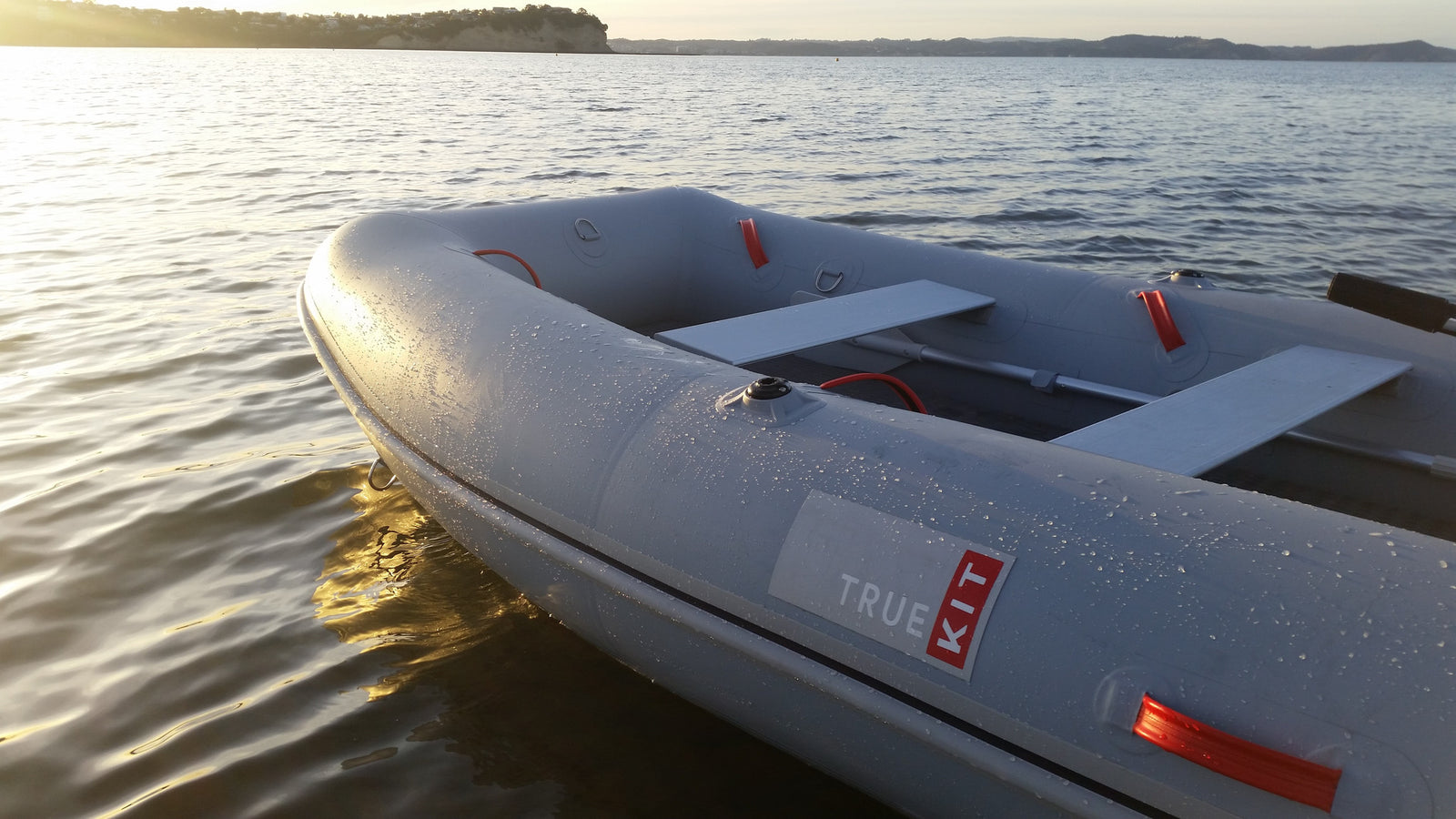True Kit Navigator - stable, lightweight yacht tender