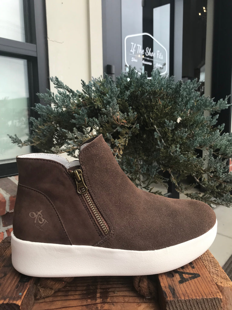 OTBT Astrid Sneaker bootie in Tuscany