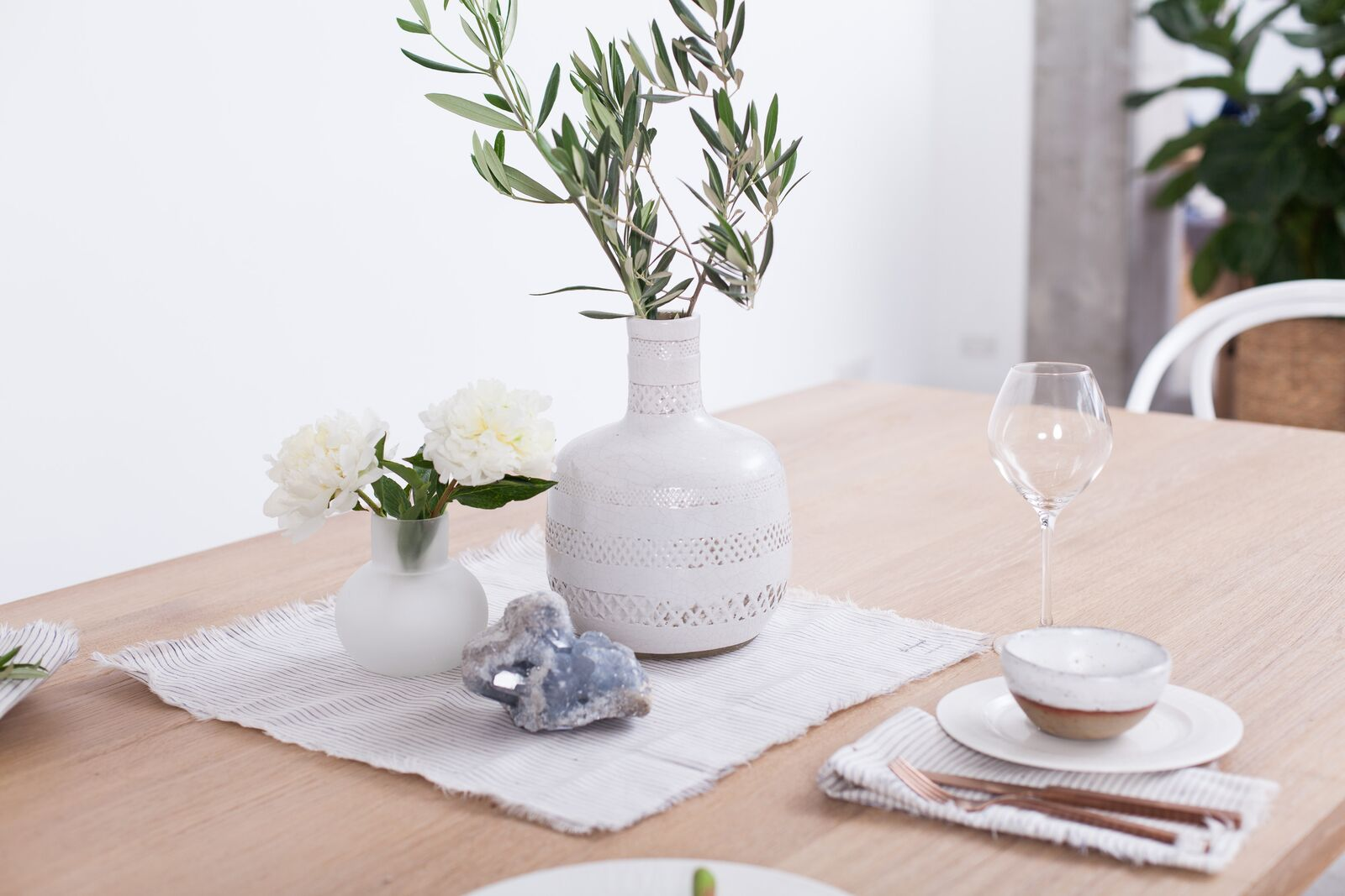 5 STYLING TIPS FOR SPRING DINING