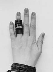Slits leather ring
