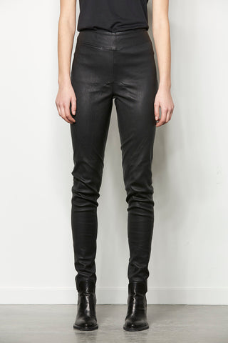 Curved lamb leather leggings