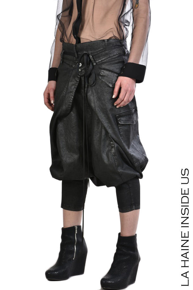 Bell drop crotch trousers