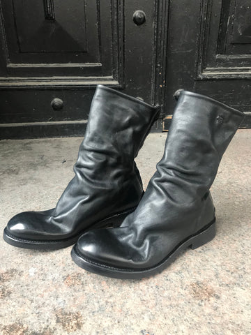 Kajsa re-waxed leather boots
