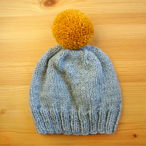 Pom Pom Hat in Heather Grey/Gold