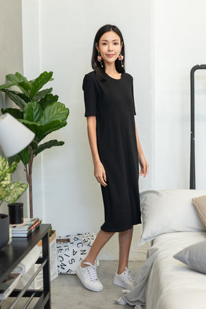 Helga Ribbed Basic Midi In Black
