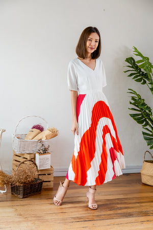 *TSA Label* Klarra Ripple Pleated Dress In White
