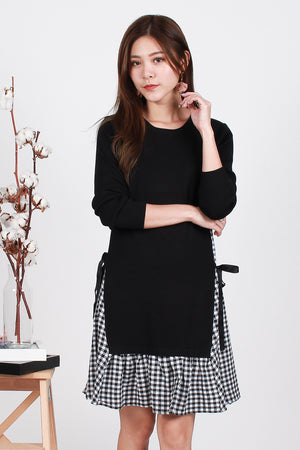 Emmy Tie-Waist Knit Dress In Black Gingham