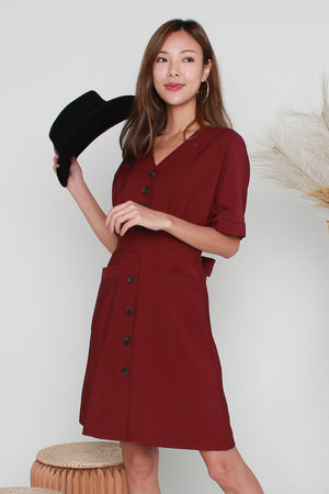 Bowie Buttoned Dress In Wine Red