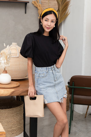 Delina Puff Sleeve Top In Black