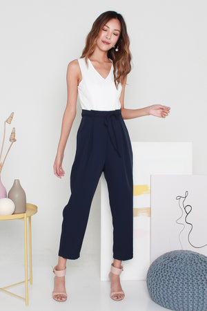 *TSA Label* Novita Paperbag Jumpsuit In White Navy