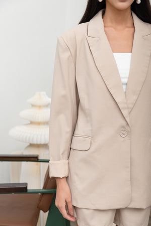 Hilda Oversized Blazer In Sand