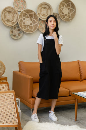 Brandi Dungaree Midi Dress In Black