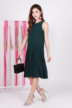 *TSA Label* Rayner Pleated Midi In Pine Green