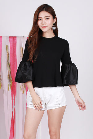 Tynna Knit Top In Black