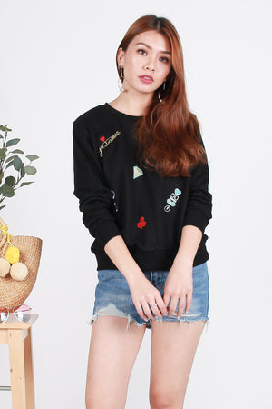 Charis Patches Top In Black