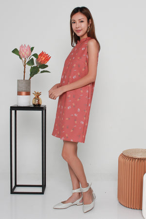 Prissy Pineapple Shift Dress In Tea Rose