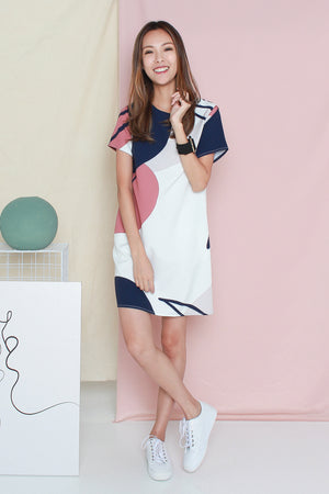 *TSA Label* Lumi Abstract Shift Dress In White