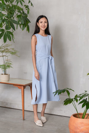 Olenna Tie Front Midi Dress In Blue