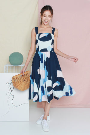 Wanderlust Abstract Midi Dress In Navy