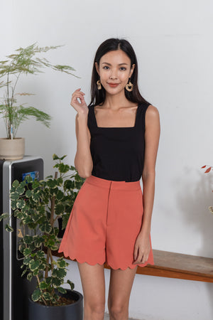 Rowan Waves Tailored Shorts In Rust