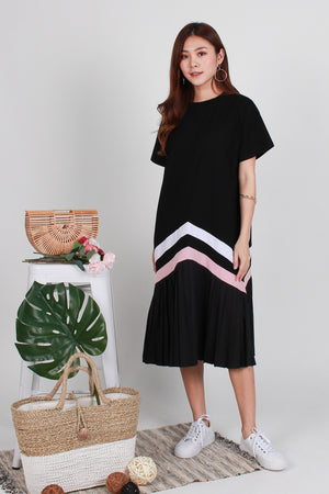 *BACKORDER* Zuri Pleated Hem Midi In Black