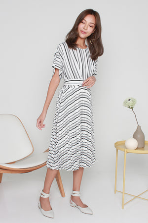 Averil Accordion Pleated Dress In White