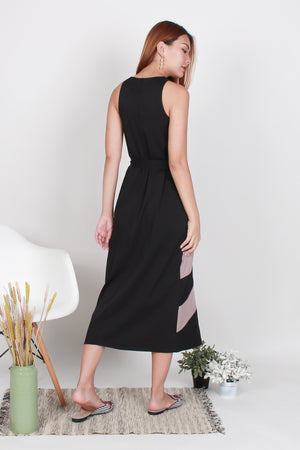 Nila Chevron Maxi Dress In Black