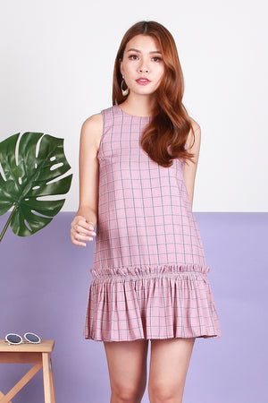 Ellie Ruffled Drophem Dress In Pink