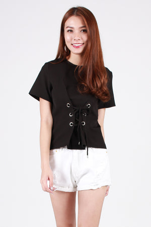 Fayth Lace-Up Top In Black