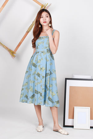 Taylor Foliage Button Midi Dress In Sky Blue