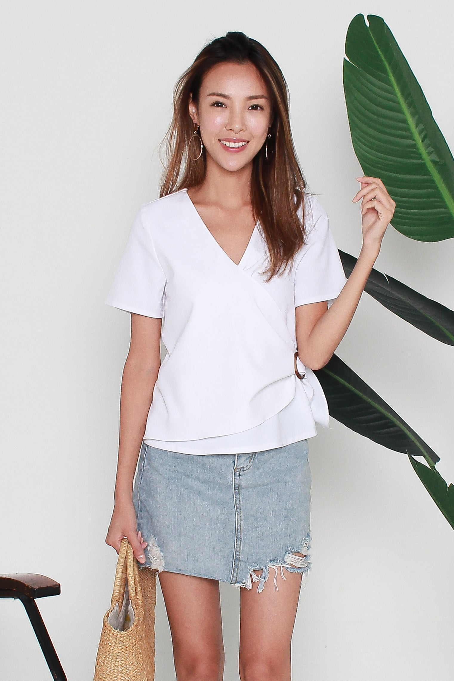 Reyla Ring Buckle Top In White