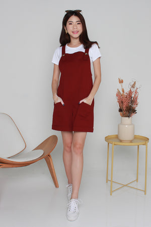 Barry Pinafore Dungaree In Wine
