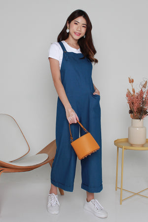 Elroy Denim Dungaree Jumpsuit In Mid Wash