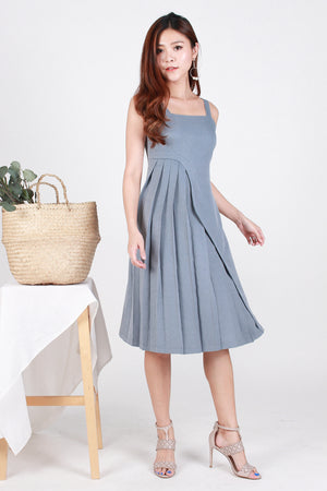 *Premium* Nyla Side-Wave Pleated Dress In Ash Blue