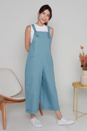 Elroy Denim Dungaree Jumpsuit In Light Wash