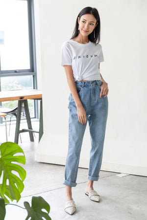 Eugenia Mom's Jeans In Light Wash