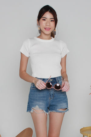 Basic Sleeved Knit Top In White